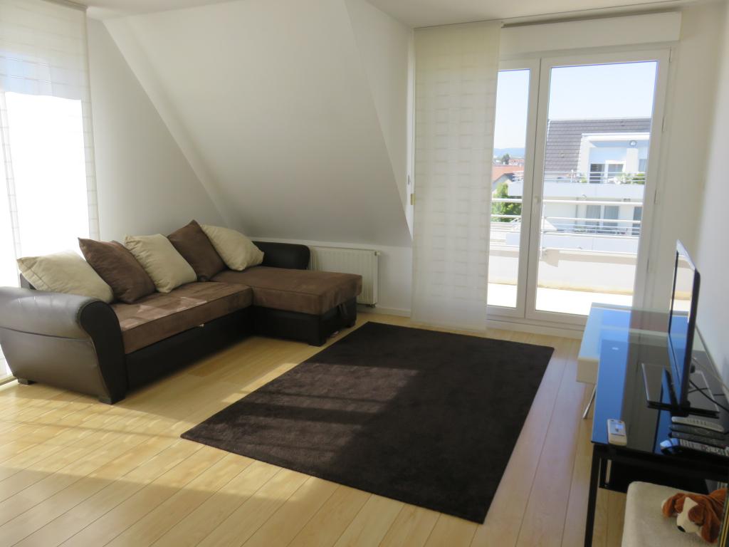 En Exclusisvité à Yutz : appartement F4 avec terrasse, garage et parkings.