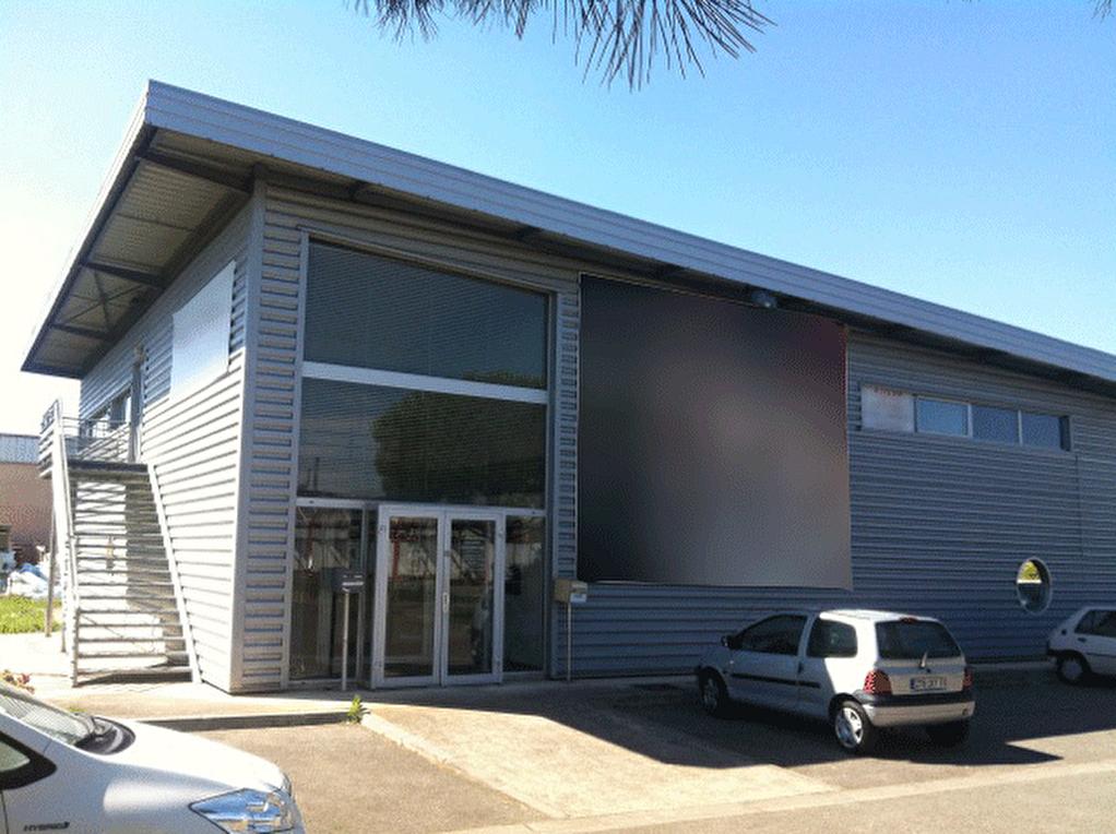 Local d'activité 1116 m² divisibles ZA Montredon à louer