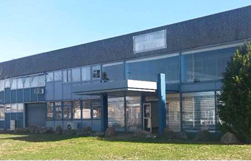 A VENDRE Local d'activité 765 m² ZI LARRIEU