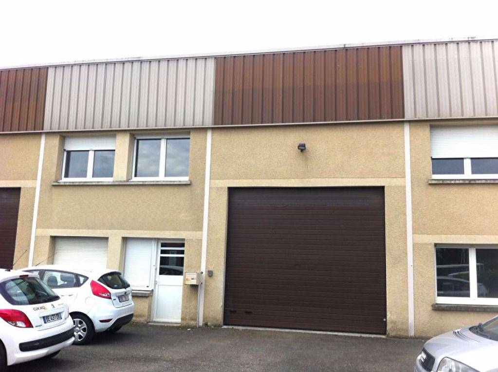 BUREAUX / STOCKAGE 260 m2 A LOUER TOULOUSE SUD EST