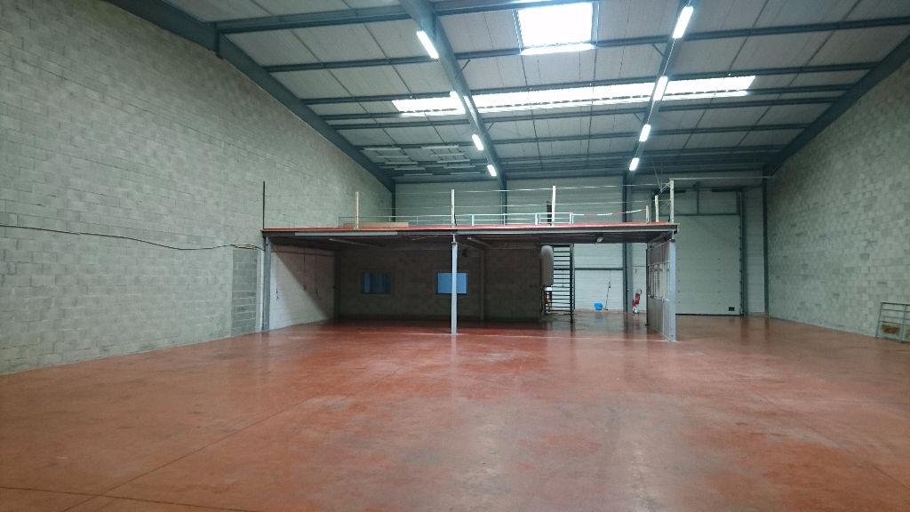 A louer local d'activité  600 m2  TOULOUSE SUD OUEST