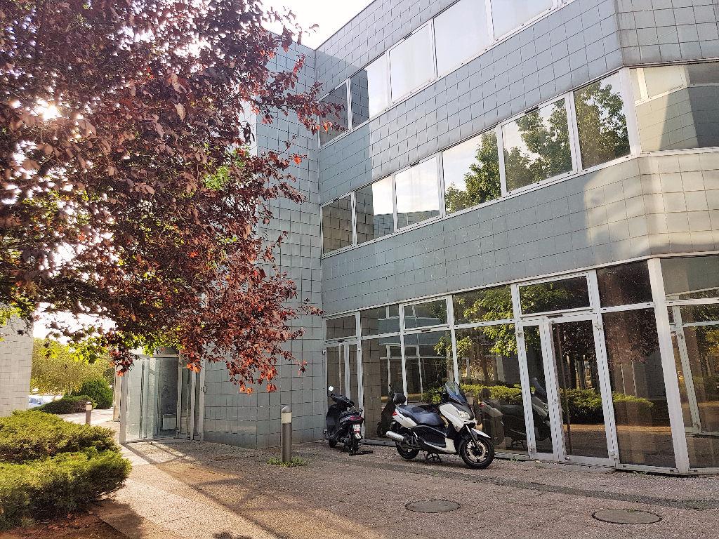 A vendre Bureaux  Labege  - 1274 m2