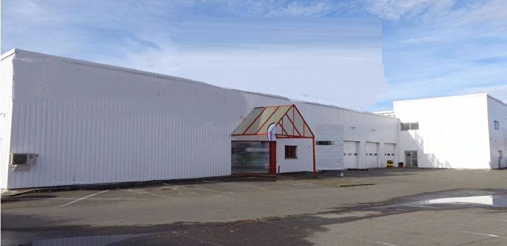 A LOUER Local d'activité/commercial 2253 m² ZAC GLACIERE TOULOUSE