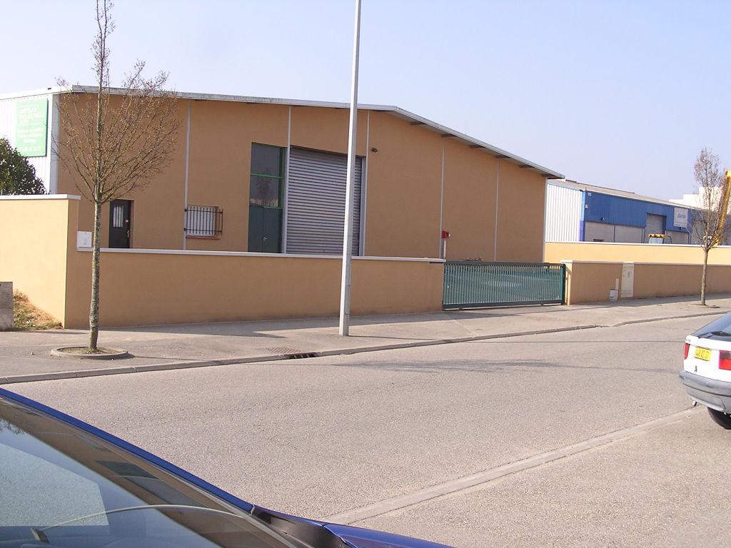 A LOUER Bâtiment d'activités 800 m² COLOMIERS