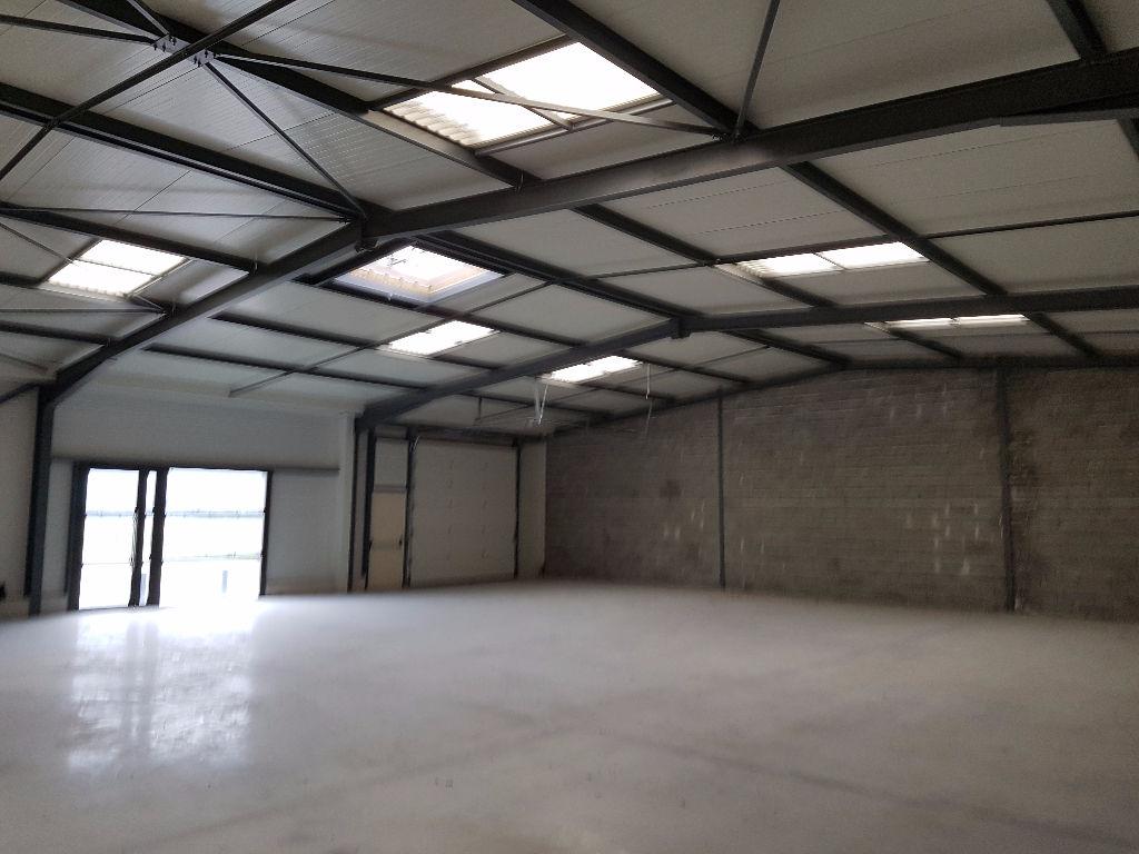 A LOUER Local d'activité 315 m² MURET SUD