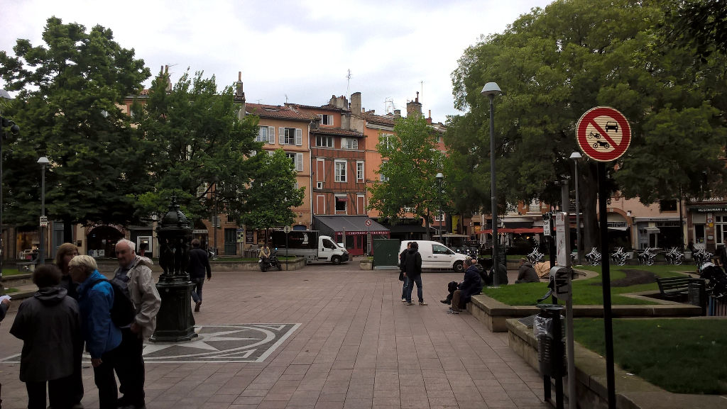 Local commercial Toulouse Place St Georges 70 m²