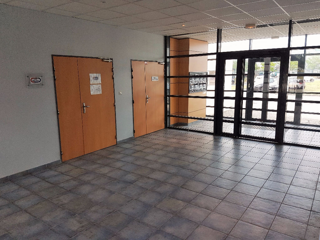 A vendre Bureaux 400 m2  - Colomiers  Le Perget