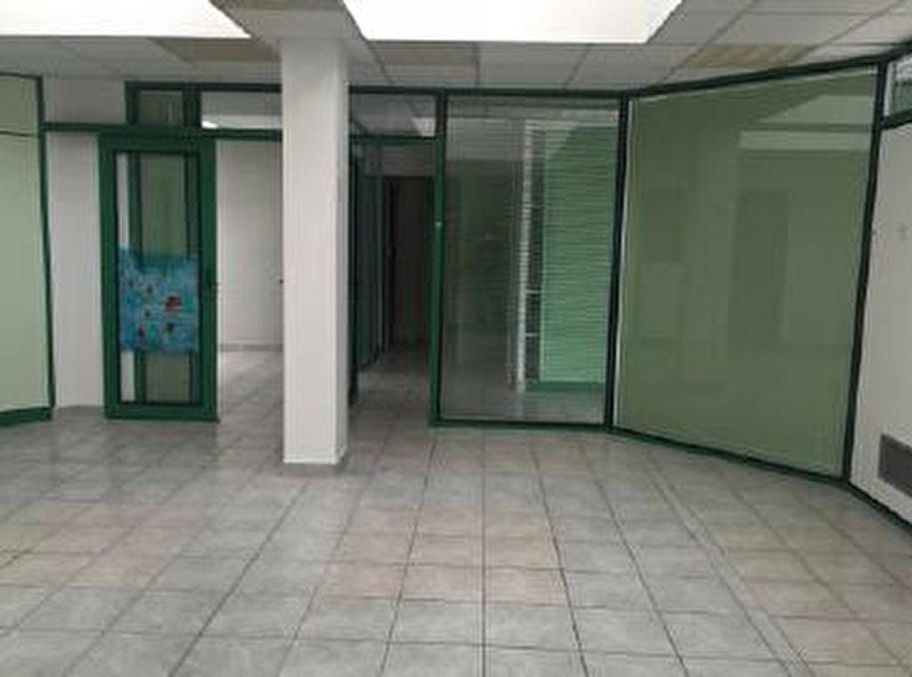 Local commercial NONCESSE  à  BALMA - 125,80 m2