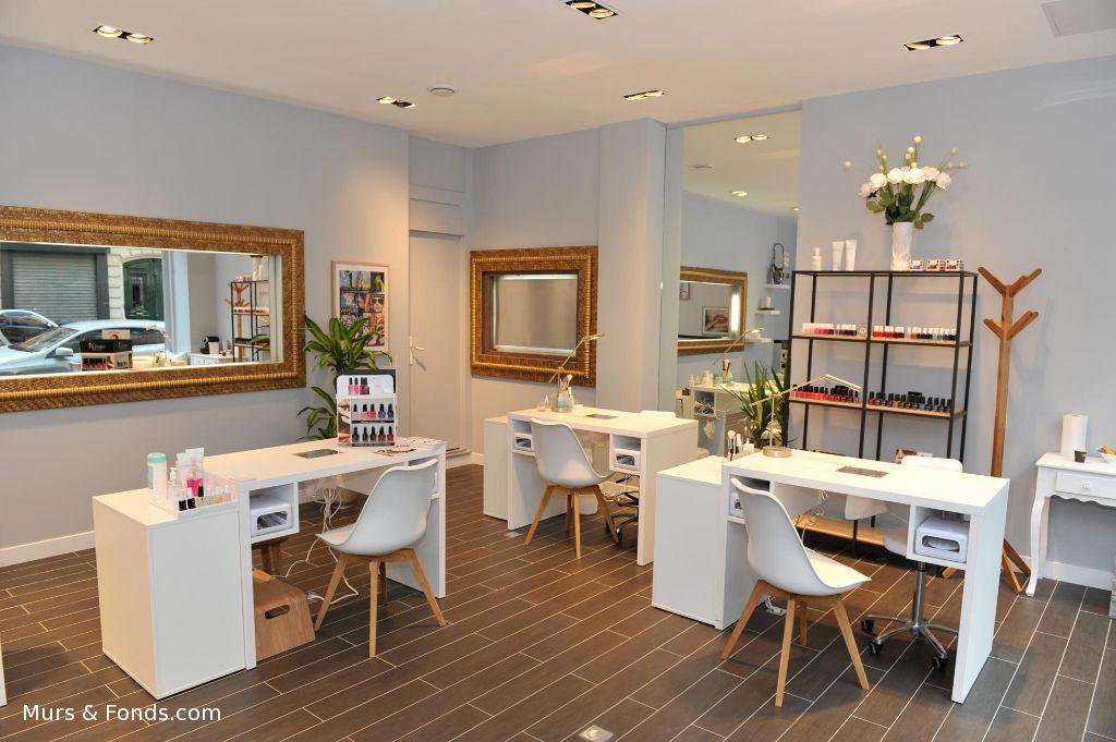 Paris16e / Pompe, fonds de commerce esthétique - 80 m² - Salon de Coiffure Esthétique Parfumerie