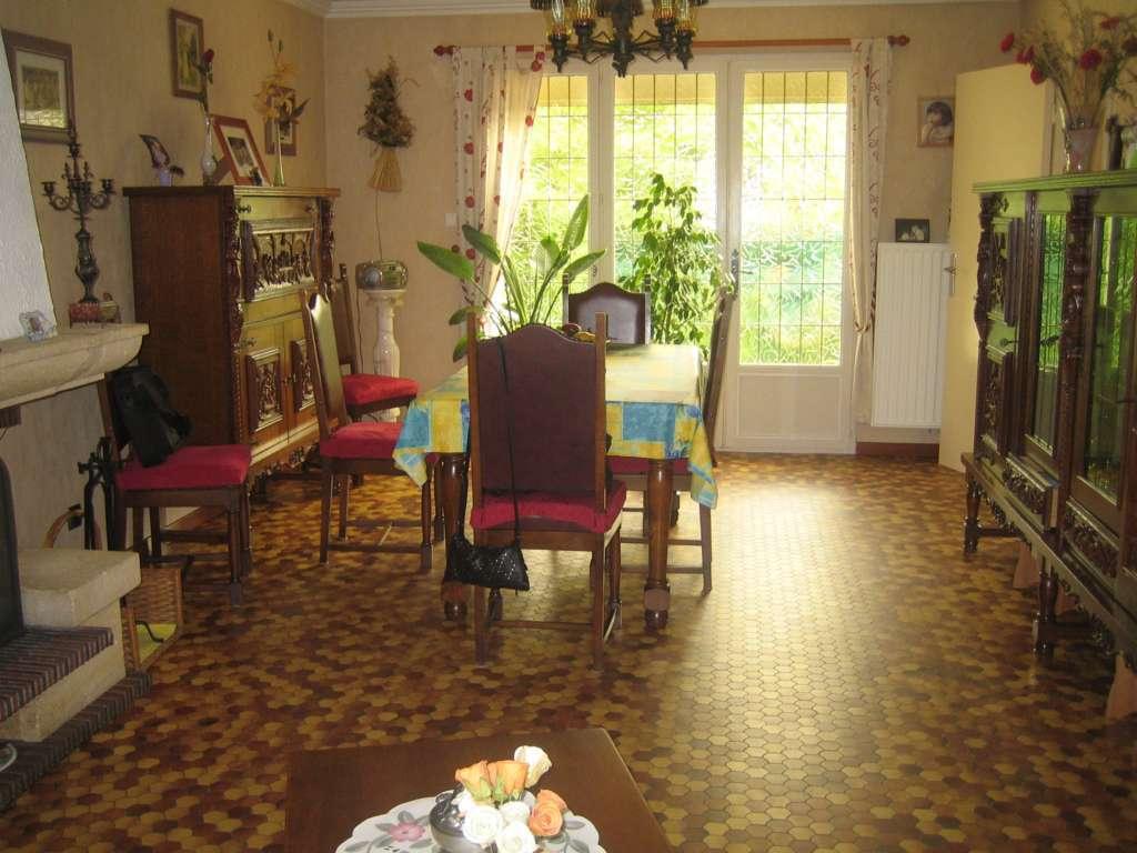 maison henin beaumont 97 m2 h nin beaumont 62110. Black Bedroom Furniture Sets. Home Design Ideas