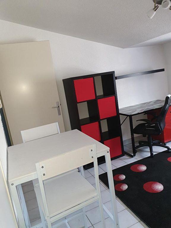 photo de Studios aménagés NANCY - secteur faculté de droit / lettres