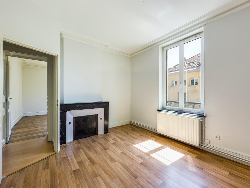 photo de Appartement T3 ancien rue de la Garenne