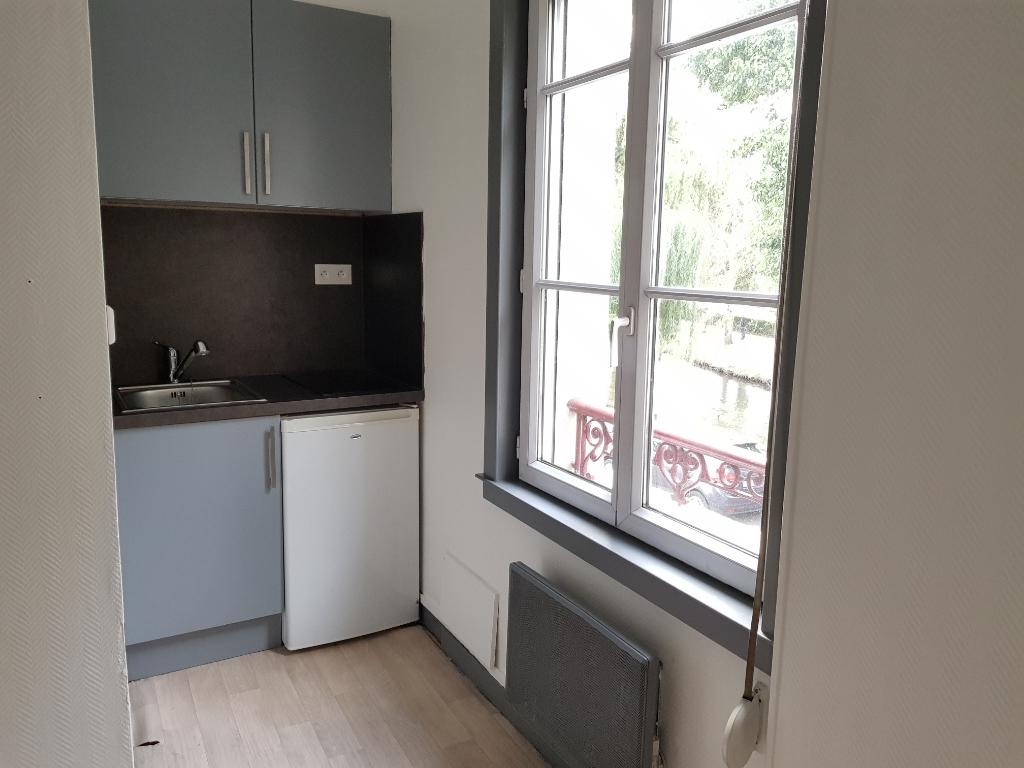 Location appartement 2 pi ces evreux 420 cc for Cherche appartement acheter
