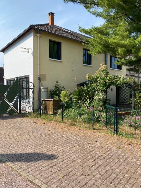 maison en vente LA BONNEVILLE SUR ITON