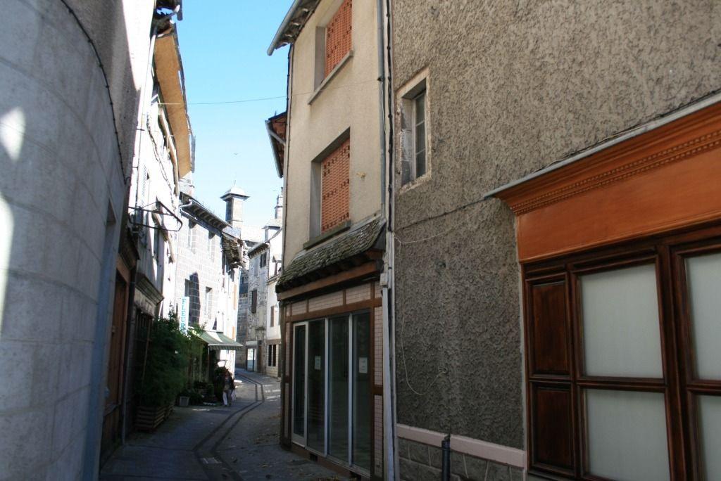 Vente Maison 8 pièces MUR DE BARREZ 12600