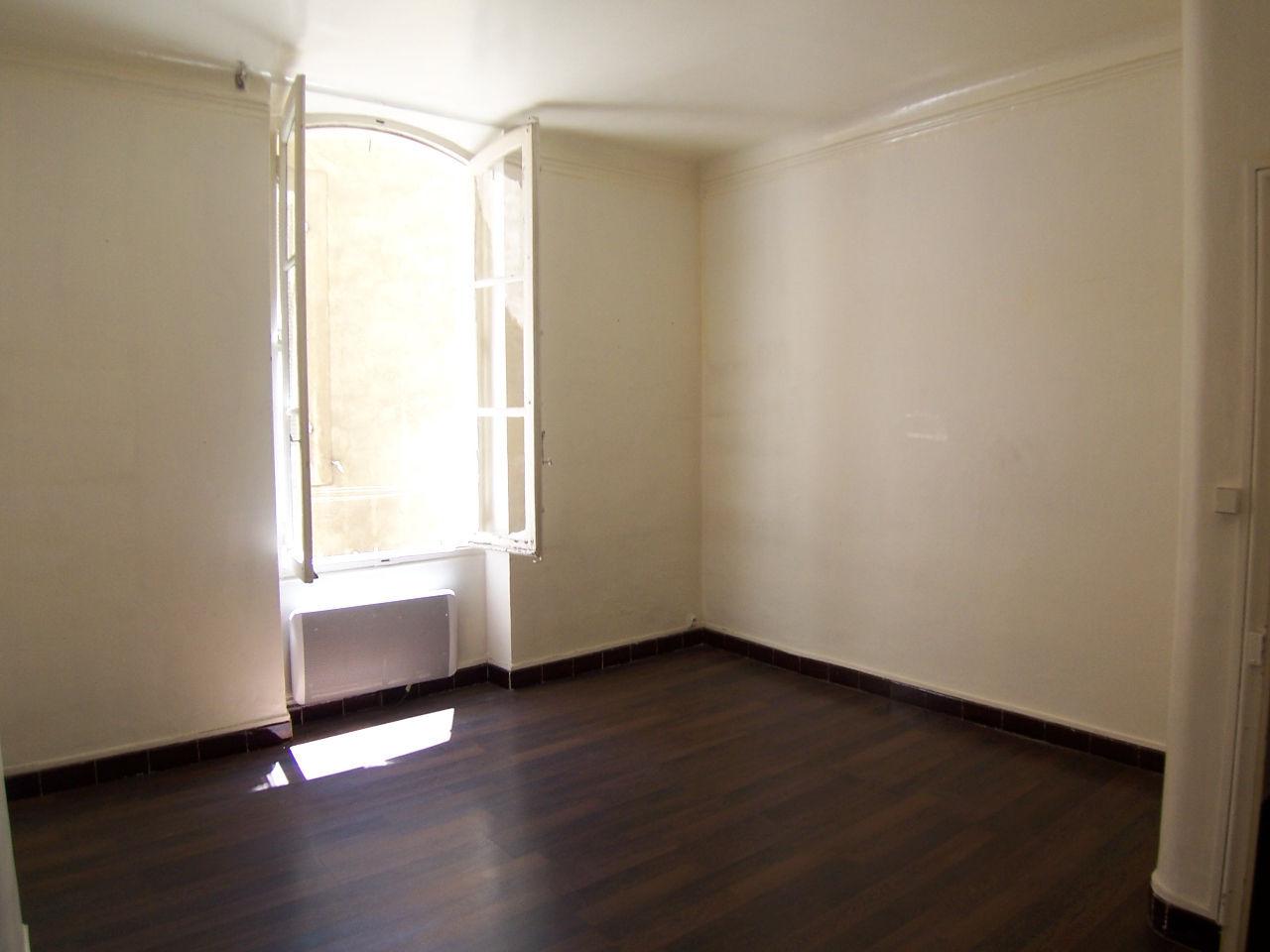 Location Appartement 2 pièces MARSEILLE 13006
