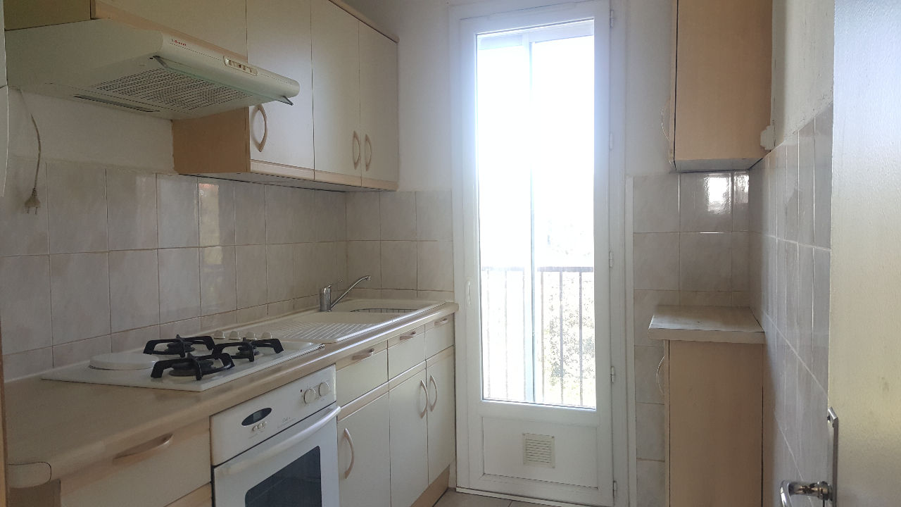 Location Appartement 3 pièces MARSEILLE 13013
