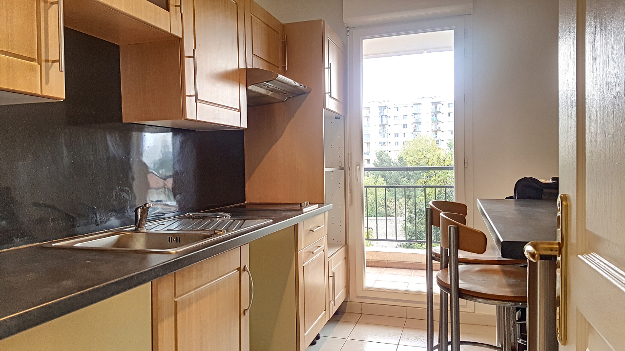 location appartement 4 pièces MARSEILLE 13013