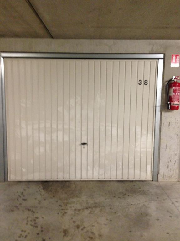 Vente garage parking marseille 8e arrondissement 13008 for Garage ouvert le samedi marseille