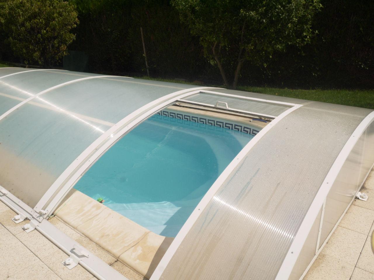 A acheter maison familiale avec 3 chambres et piscine for Piscine a acheter