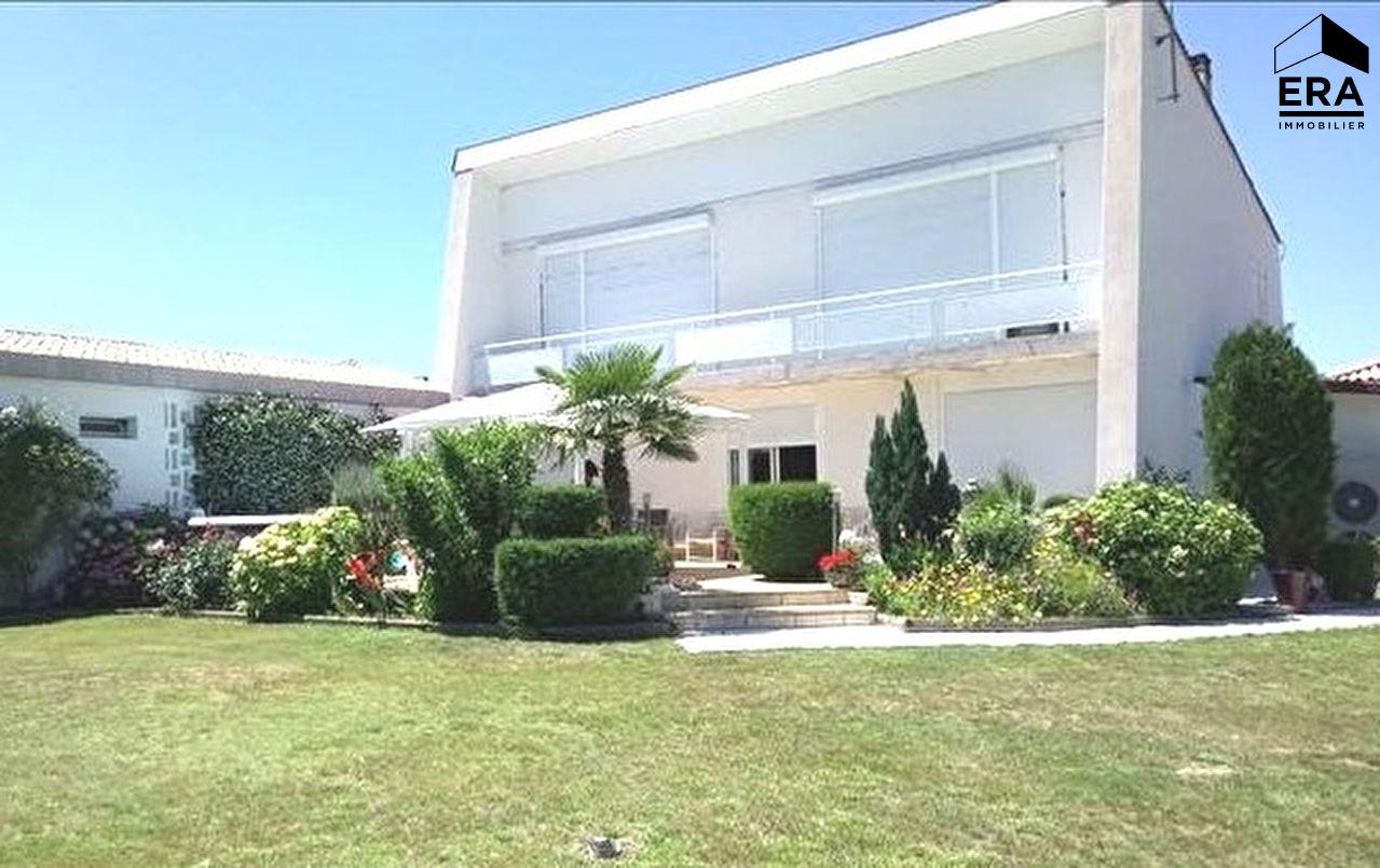 Vente Maison 10 pièces GALGON 33133