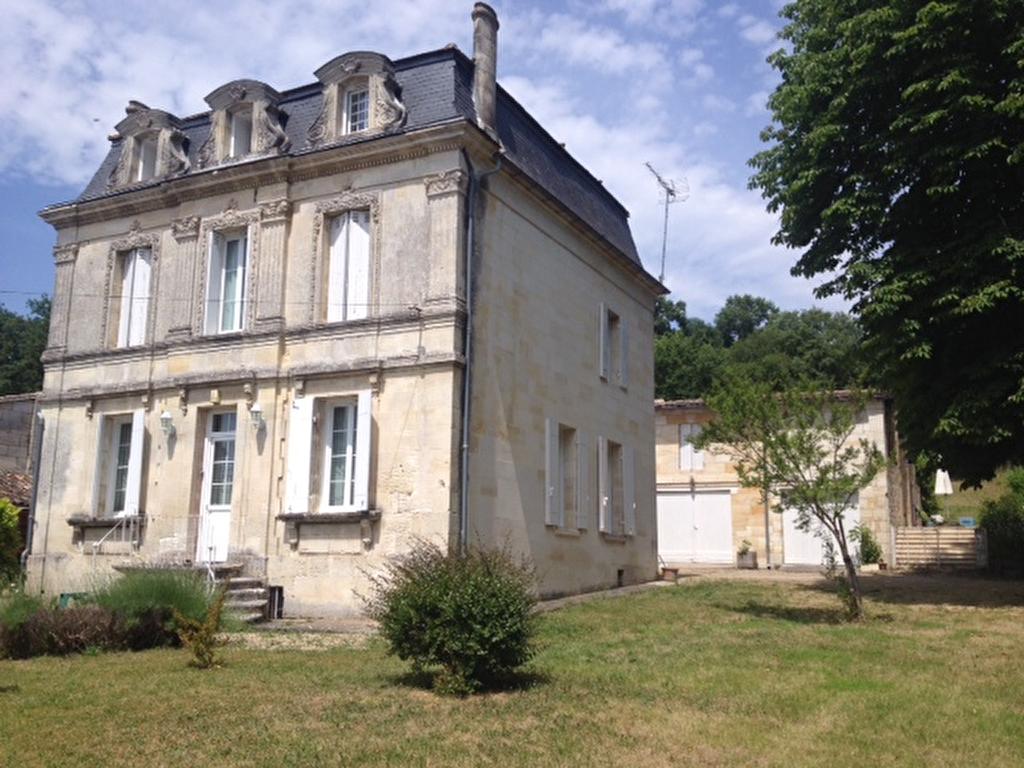 Vente Maison 15 pièces FRONSAC 33126