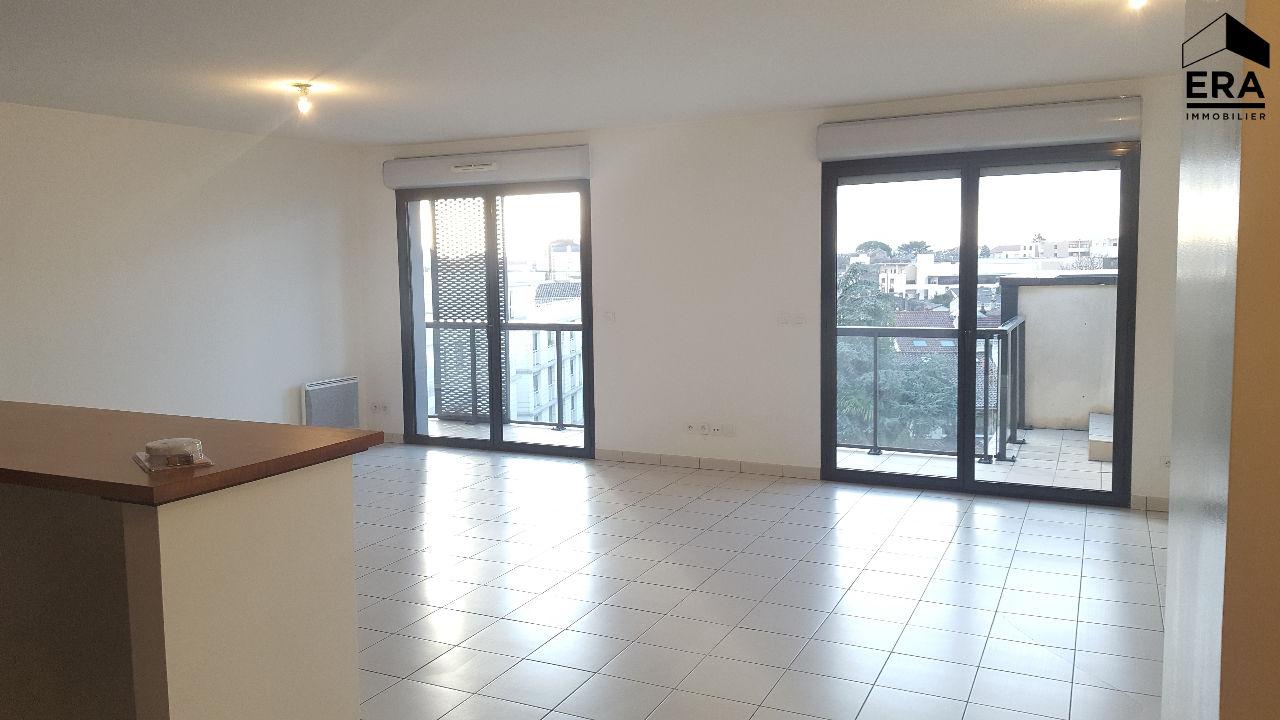 Location Appartement 5 pièces BORDEAUX 33000