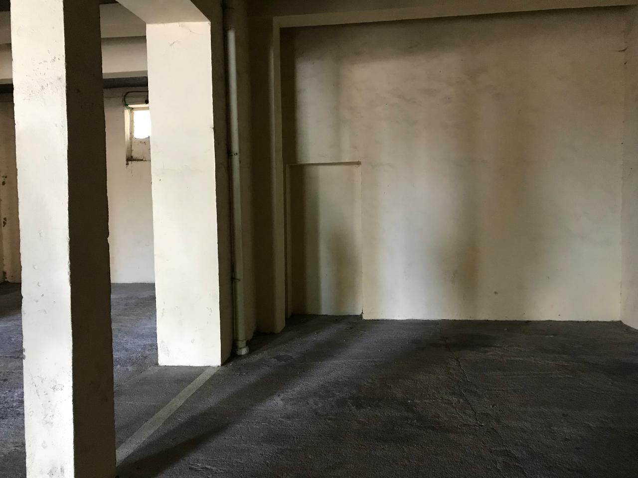 Location garage parking manosque 04100 sur le partenaire for Location garage assurance