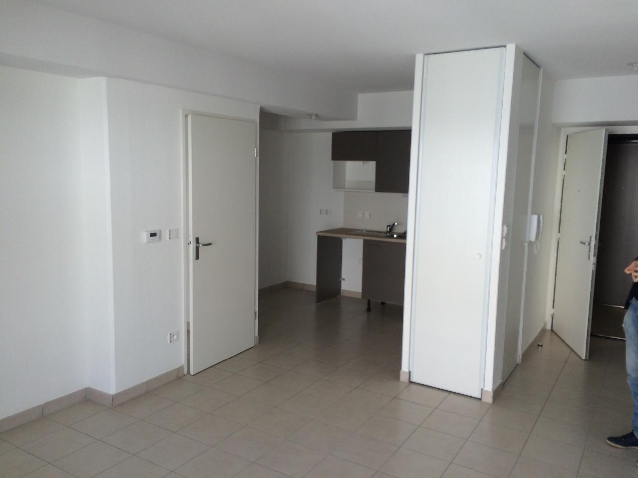 location appartement villenave d 39 ornon 33140 sur le partenaire. Black Bedroom Furniture Sets. Home Design Ideas