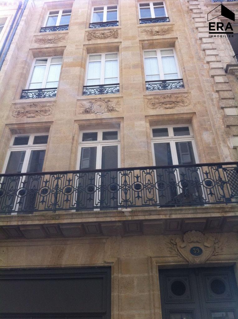 Location Appartement 2 pièces BORDEAUX 33000