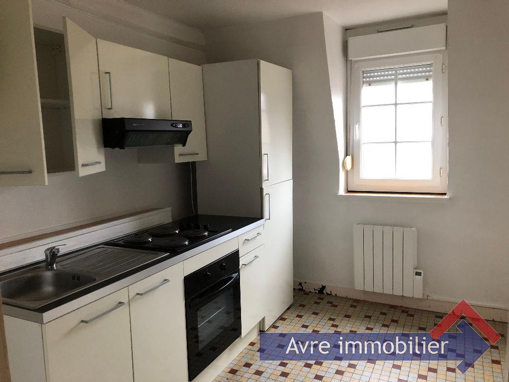 Rental apartment Verneuil d avre et d iton 441€ CC - Picture 1