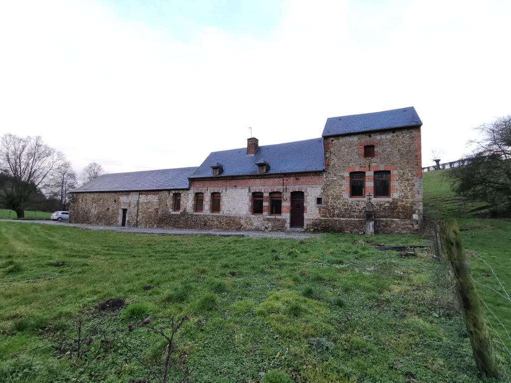 photo de Maison Avesnes Sur Helpe 4 pièce(s) 160 m2