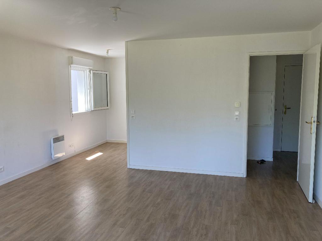 Sale apartment Saint-herblain 193880€ - Picture 2