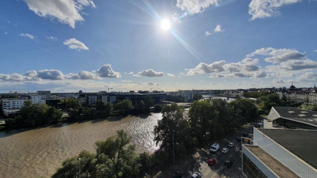 Rental apartment Nantes 1700€ CC - Picture 1