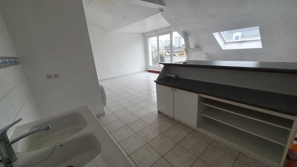 Location appartement Nantes 795€ CC - Photo 3
