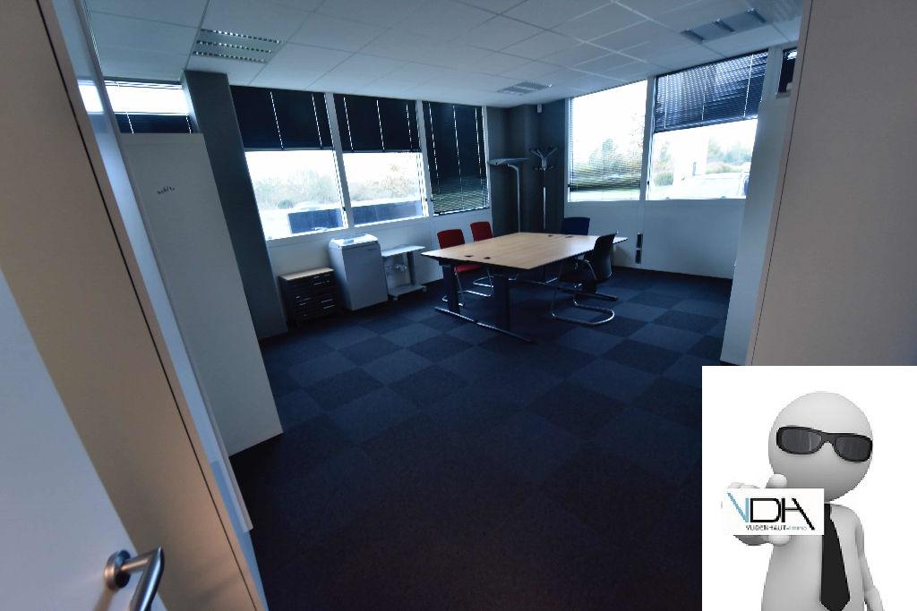location bureau commerce lab ge 31670 sur pro le. Black Bedroom Furniture Sets. Home Design Ideas