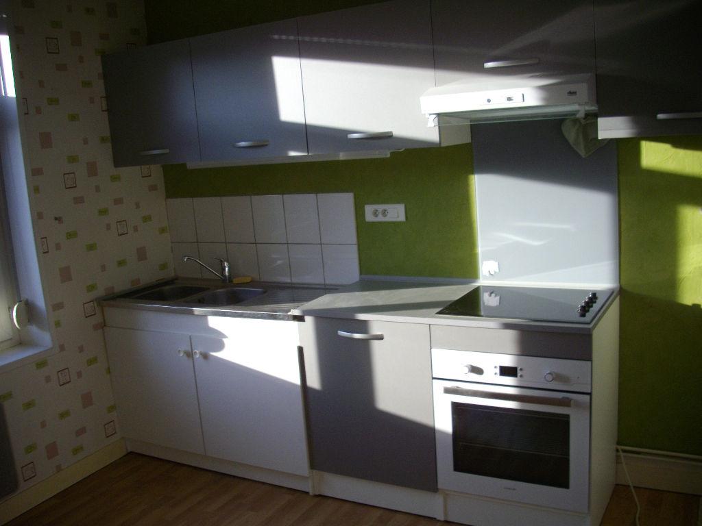 Rental apartment Aire sur la lys 510€ CC - Picture 1