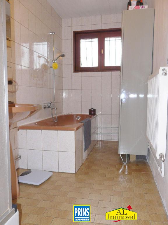 Sale house / villa Eringhem 275600€ - Picture 8