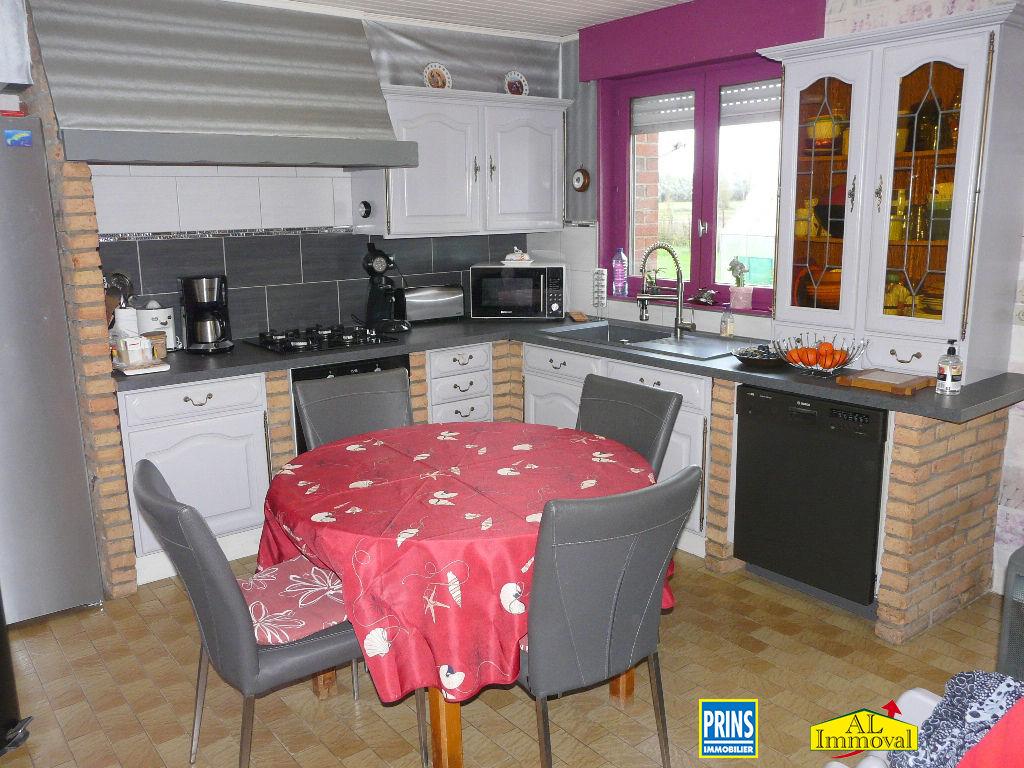 Sale house / villa Eringhem 275600€ - Picture 9