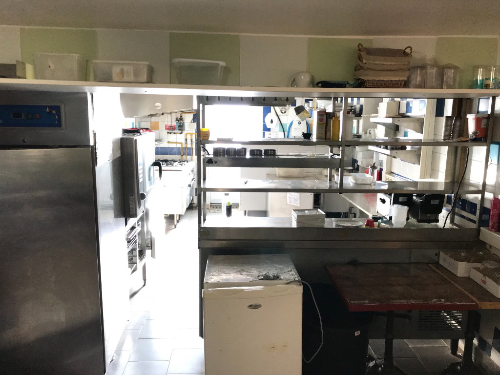 Location local commercial Saint omer 1100€ HC - Photo 3