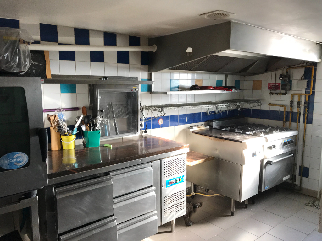 Location local commercial Saint omer 1100€ HC - Photo 4