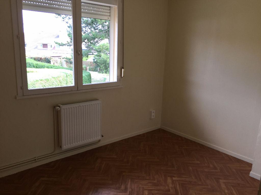 Rental house / villa Longuenesse 775€ CC - Picture 8