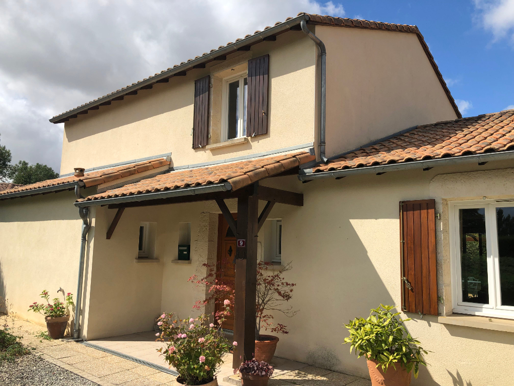 3 bed contemporary home MELLE