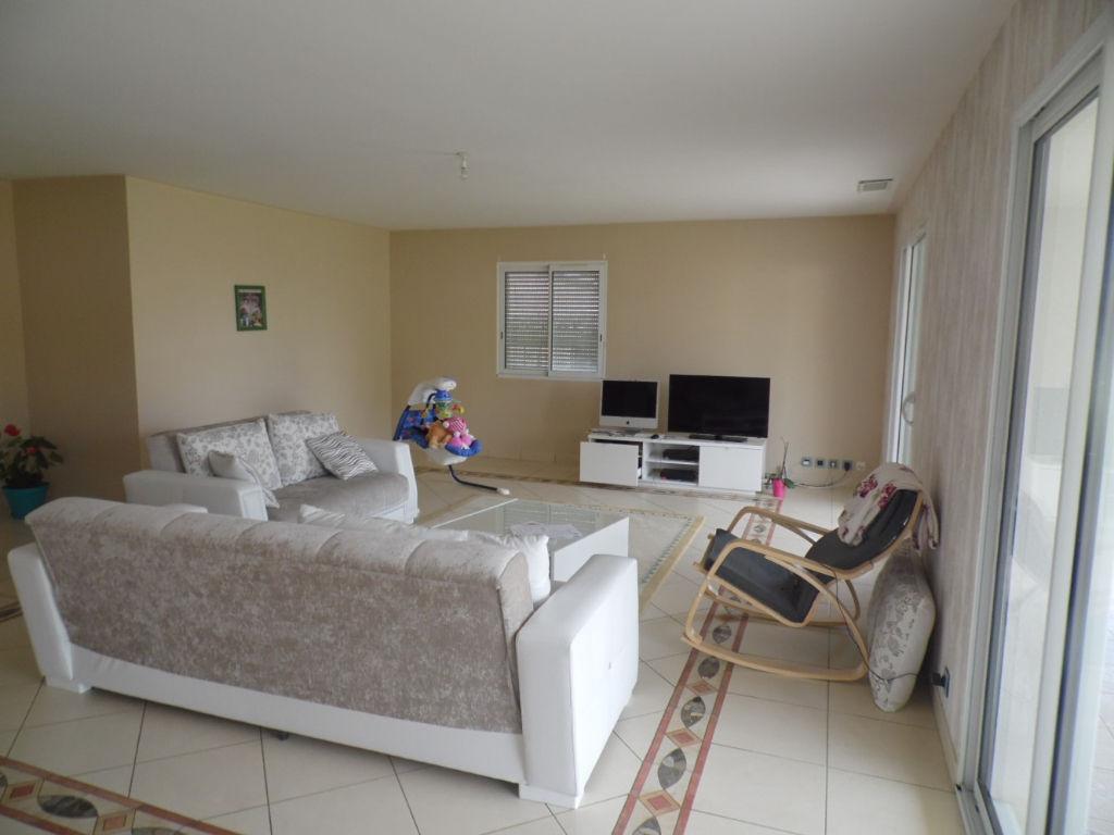 Auterive maison 4 pi ce s 150 m2 auterive 31190 for Prix maison 150 m2 rt 2012