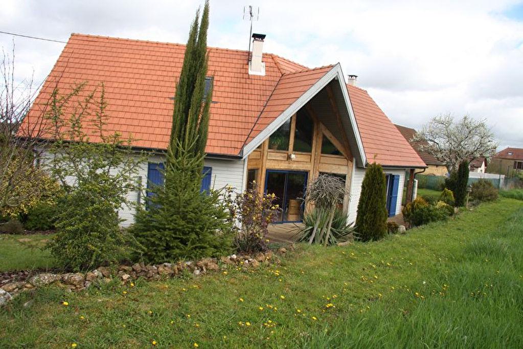 10110 sur les hauts de barsur seine belle maison en bois de 2008 bar sur seine 10110. Black Bedroom Furniture Sets. Home Design Ideas
