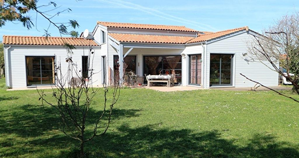 vente maison/villa 5 pièces SAINT PIERRE D OLERON 17310