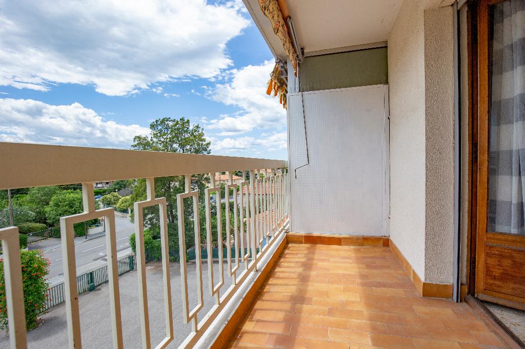 vente appartement 2 pièces FREJUS 83600