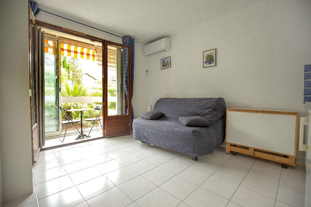 vente appartement 1 pièces SAINT RAPHAEL 83530