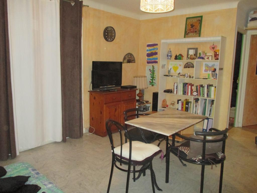vente appartement 1 pièces BOULOURIS 83700