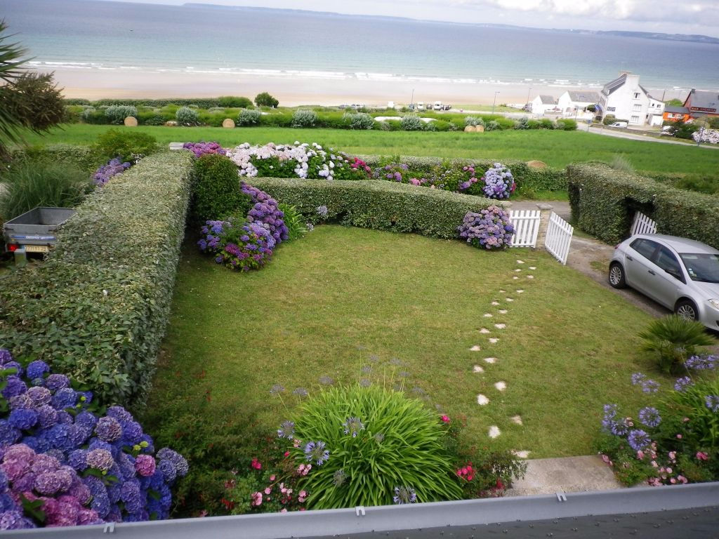 4 bed house with fabulous sea views